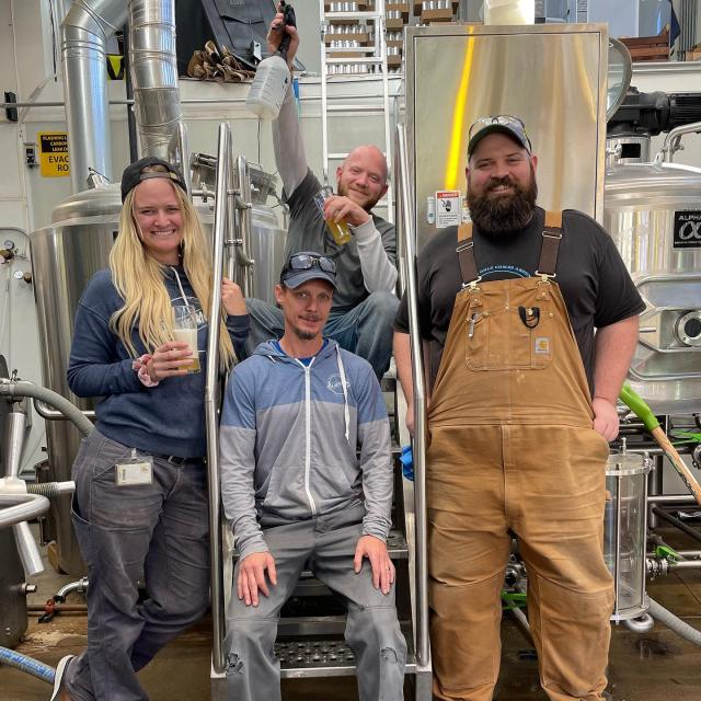 Collab Day at @novelstrandbrewingco ! Brewing a Hoppy Ale with Sultana, Mosaic, and Nectaron hops. 🍻🎉 • • • #collaboration #brewday #brewers #brewery #denver #beerday #coloradocraft #hoppy #ale #beerstagram